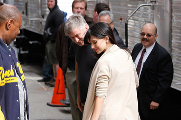 Alec Baldwin Celebrities Visit 'The Late Show With David Letterman'