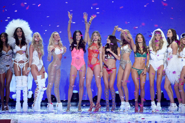 2015 Victoria's Secret Fashion Show - Runway [performance,entertainment,event,performing arts,musical,performance art,public event,dancer,fun,stage,victorias secret fashion show,romee strijd,models,lais ribeiro,jasmine tookes,elsa hosk,alessandra ambrosio,lily aldridge,adriana lima,behati prinsloo]