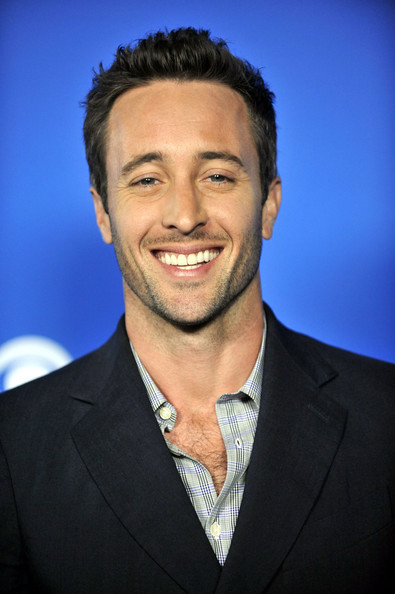 "Alex O'Loughlin Alex O'Loughlin attends the CBS event ""Cruze Into The Fall"" held at The Colony on September 16, 2010 in Los Angeles, California."