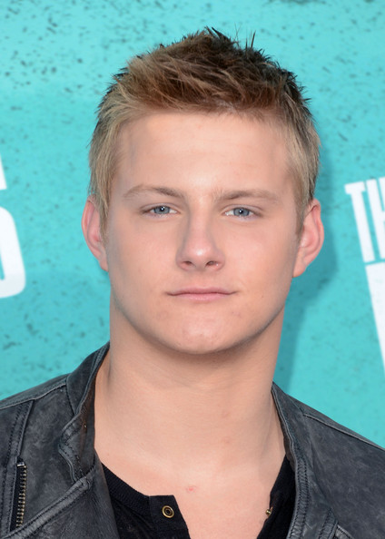 John Alexander (actor) s Gallery alexander ludwig photos mtv movie awards arrivals zimbio