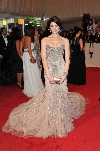 "Actress Ashley Greene attends the ""Alexander McQueen: Savage Beauty"" Costume Institute Gala at The Metropolitan Museum of Art on May 2, 2011 in New York City."