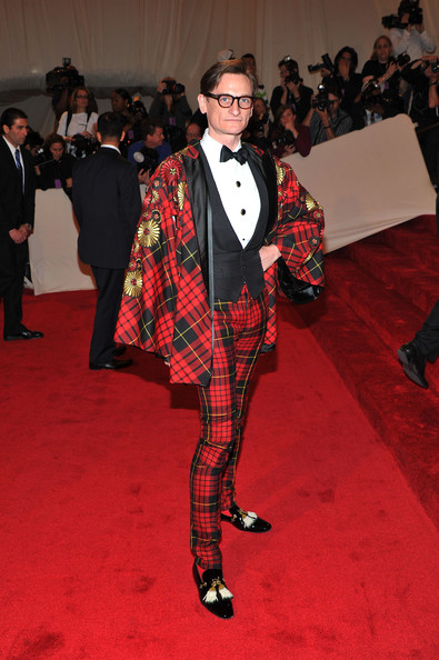 "European Vogue editor-at-large Hamish Bowles attends the ""Alexander McQueen: Savage Beauty"" Costume Institute Gala at The Metropolitan Museum of Art on May 2, 2011 in New York City."