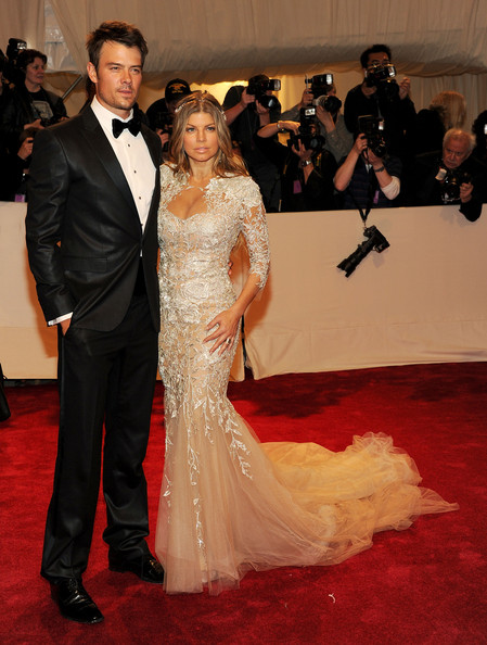 """Actor Josh Duhamel and singer Fergie attend the """"Alexander McQueen: Savage Beauty"""" Costume Institute Gala at The Metropolitan Museum of Art on May 2, 2011 in New York City."""