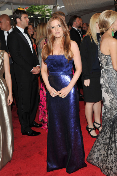"""Actress Isla Fisher attends the """"Alexander McQueen: Savage Beauty"""" Costume Institute Gala at The Metropolitan Museum of Art on May 2, 2011 in New York City."""