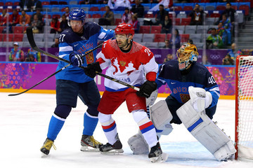 Alexander Popov Ice Hockey - Winter Olympics Day 12