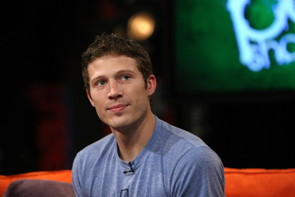 zach gilford. Actor Zach Gilford visits