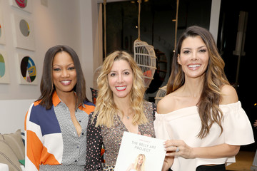 Ali Landry Serena & Lily and Sara Blakely Celebrate the Launch of The Belly Art Project Benefiting Every Mother Counts