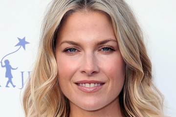 Ali Larter Uplift Family Services At Hollygrove's 7th Annual Norma Jean Gala - Arrivals