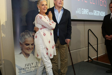Ali MacGraw Ali MacGraw and Ryan O' Neal 'Love Letters' Press Conference