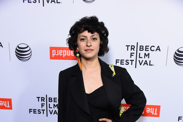 alia shawkat dating michael cera imdb game changer