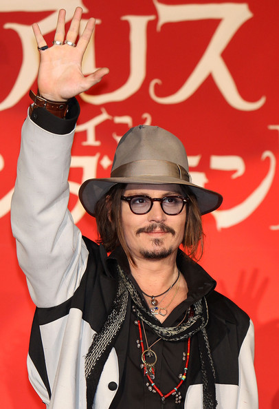 Johnny Depp Alice In Wonderland Pictures. Johnny Depp Actor Johnny Depp