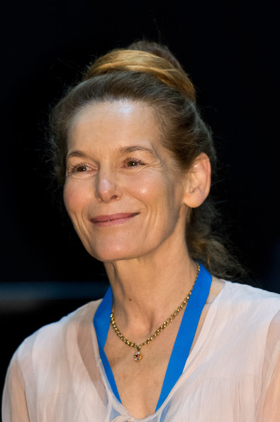 Alice Krige Net Worth