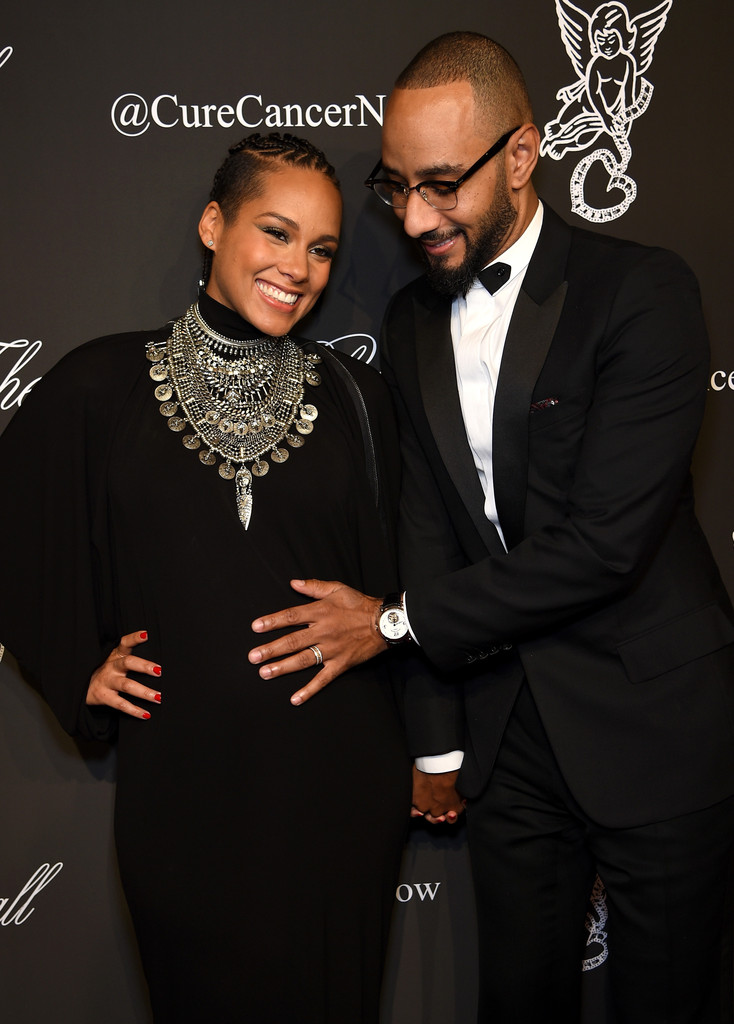 http://www2.pictures.zimbio.com/gi/Alicia+Keys+Gabrielle+Angel+Foundation+Hosts+D7jbduWVB3Rx.jpg