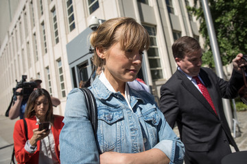 Allison Mack Allison Mack Charged With Sex Trafficking Operation Return To Court