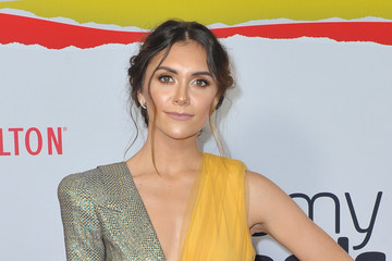 Alyson Stoner 8th Annual Streamy Awards - Arrivals