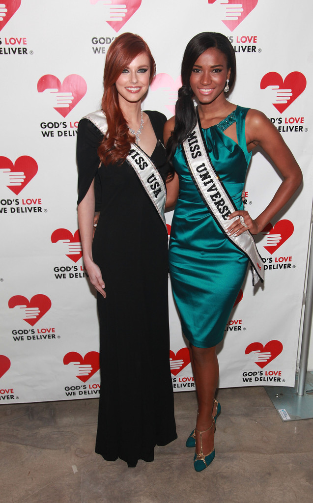 alyssa campanella, miss usa 2011. - Página 5 Alyssa+Campanella+2011+Golden+Heart+Awards+WHK8Rg_83enx