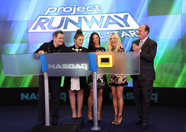 'Project Runway All Stars' Ring the Closing Bell [isaac mizrahi,alyssa milano,david wicks,the nasdaq closing bell,fashion designer,co-founder,senior fashion editor,project runway all stars,rings,fashion label,green,event,product,award,technology,media,design,gadget,convention,stage equipment]