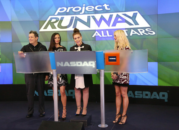 'Project Runway All Stars' Ring the Closing Bell [isaac mizrahi,alyssa milano,zanna roberts rassi,the nasdaq closing bell,fashion designer,co-founder,closing bell,project runway all stars,rings,fashion label,stage equipment,event,technology,electronic device,competition,podium]
