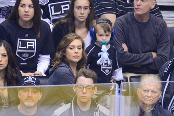Alyssa Milano 2014 NHL Stanley Cup Final - Game Two