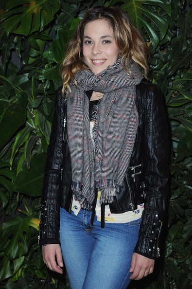 Alysson Paradis Alysson Paradis attends the Replay Flagship Opening on November 25, 2010 in Paris, France.