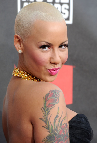 pics of amber rose with hair. wallpaper model amber rose