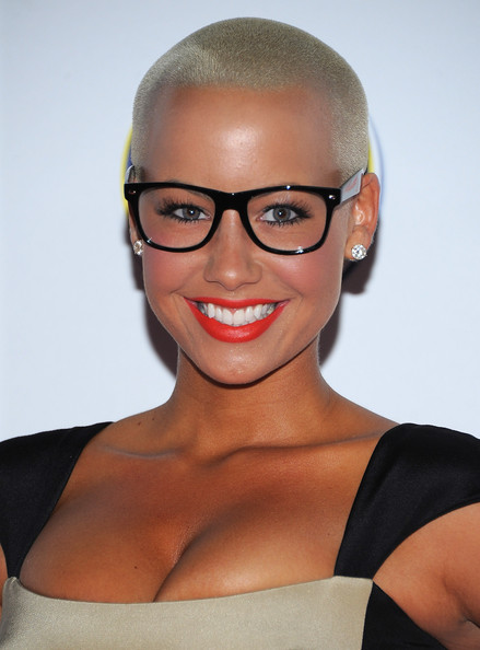 http://www2.pictures.zimbio.com/gi/Amber+Rose+2011+Maxim+Hot+100+Party+Arrivals+xB92l0Lw477l.jpg