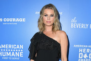 Rebecca Romijn attends American Humane's 2018 American Humane Hero Dog Awards at The Beverly Hilton Hotel on September 29, 2018 in Beverly Hills, California.