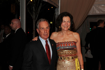 """Michael Bloomberg Diana Taylor """"American Woman: Fashioning A National Identity"""" Met Gala - Arrivals"""