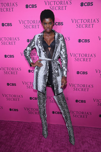 Victoria's Secret Angels Gather to Watch the 2017 Victoria's Secret Fashion Show [clothing,pink,fashion,red carpet,hairstyle,footwear,fashion model,carpet,suit,fashion design,model,amilna estevao,new york city,victorias secret angels,spring studios,victorias secret angels gather to watch,victorias secret fashion show,viewing party]
