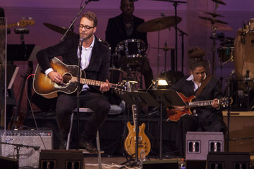 Amos Lee Celebrating the Music of Bill Withers