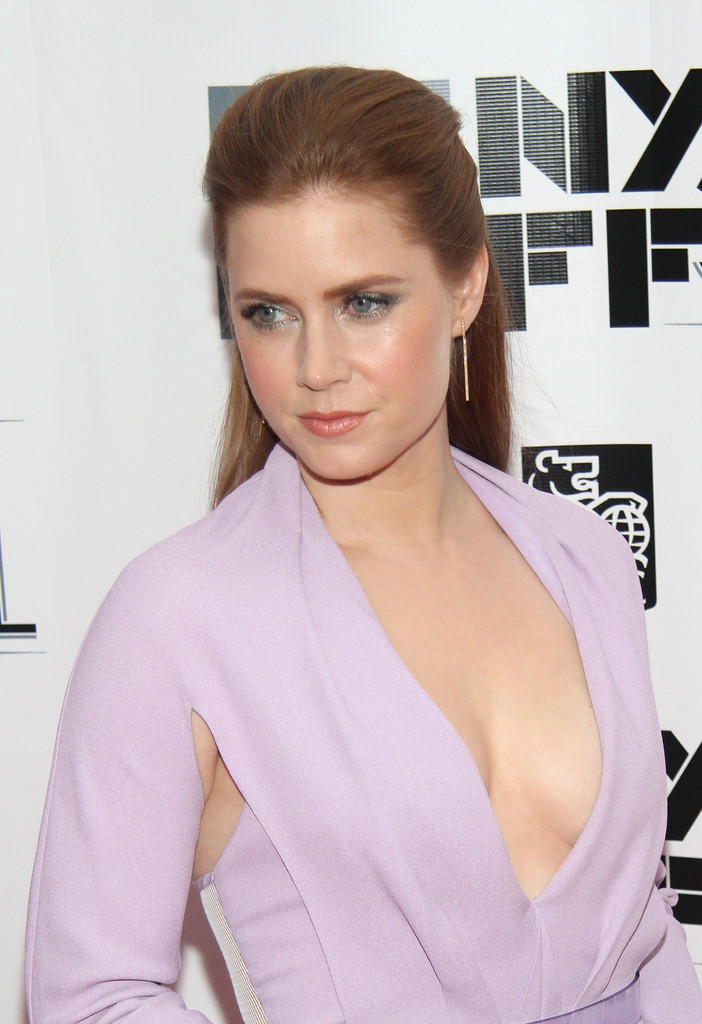 Hair Envy of the Day: Amy Adams' Modern Half Updo
