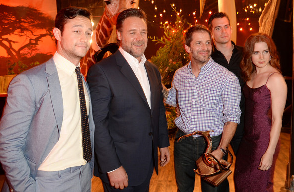 Behind the Scenes at Spike TV's 'Guys Choice' [people,event,social group,party,fun,ceremony,family,wedding reception,russell crowe,zack snyder,joseph gordon-levitt,henry cavill,amy adams,audience,guys choice 2013,l-r,backstage,spike tv]