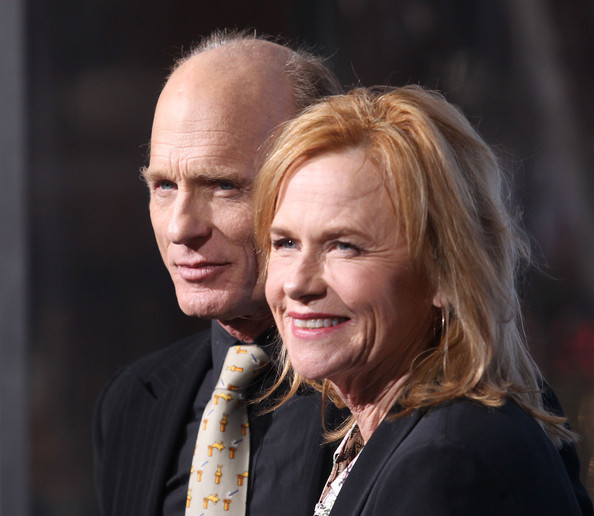 amy madigan pictures   premiere of summit entertainment s