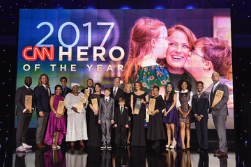 Amy Wright Jennifer Maddox CNN Heroes 2017 - Show