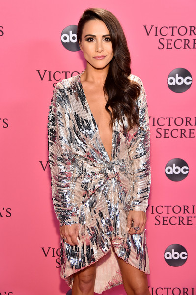 2018 Victoria's Secret Fashion Show in New York – Show Pink Carpet Arrivals