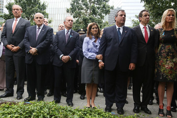 Andrew Cuomo Chris Christie New York Commemorates 13th Anniversary Of September 11th Attacks