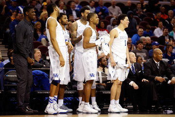 Andrew Harrison Karl-Anthony Towns NCAA Basketball Tournament - Midwest Regional - Cleveland