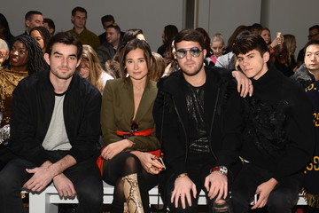 Andrew Warren Danielle Bernstein Taoray Wang - Front Row - February 2019 - New York Fashion Week: The Shows
