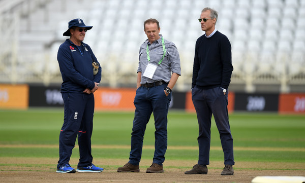 England & India Net Sessions [team sport,baseball umpire,player,sports,coach,official,cricket,manager,sport venue,gesture,trevor bayliss,ed smith,acting director,andy flower,cricket,india,nottingham,england,net sessions,nets session]