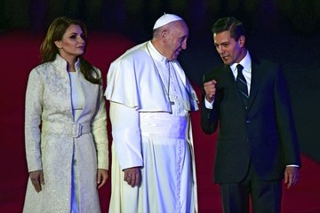 Angelica Rivera Pope Francis Arrives in Mexico