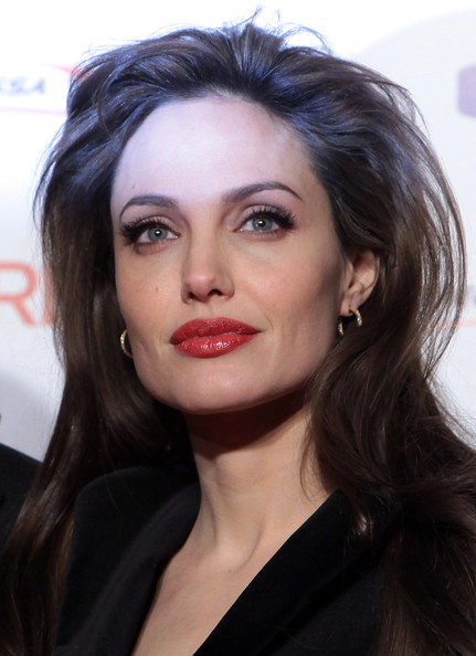 angelina jolie wanted hairstyle. Routine smokey queue angelina