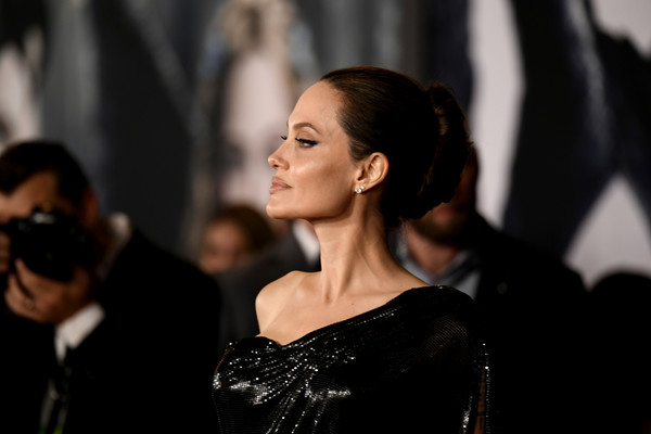Angelina Jolie Photos Photos World Premiere Of Disney S