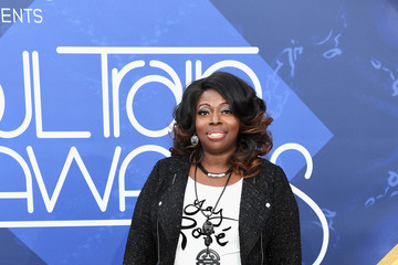 Angie Stone 2016 Soul Train Music Awards - Arrivals