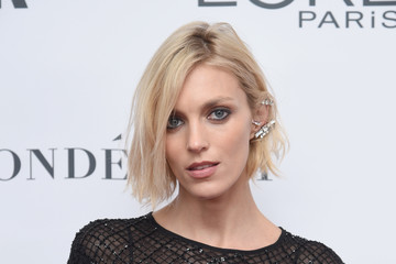 Anja Rubik Glamour Celebrates 2017 Women of the Year Awards - Arrivals