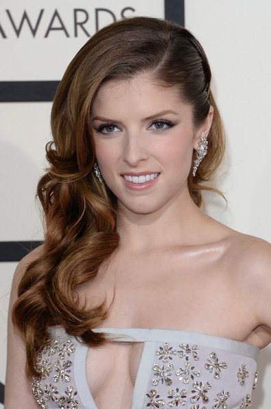 Red Carpet DIY: Anna Kendrick and Miranda Lambert's Grammy hair