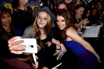 Anna Kendrick Premiere Of Universal Pictures' 'Pitch Perfect 2' - Red Carpet