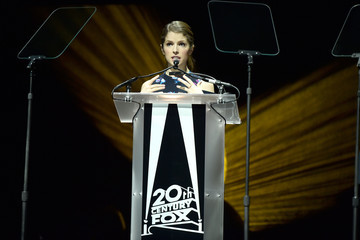 Anna Kendrick CinemaCon 2016 - 20th Century Fox Invites You To A Special Presentation Highlighting Its Future Release Schedule
