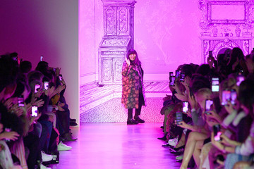 Anna Sui Anna Sui - Runway - February 2020 - New York Fashion Week: The Shows