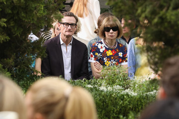 Anna Wintour Hamish Bowles Tory Burch Spring Summer 2019 Fashion Show - Front Row