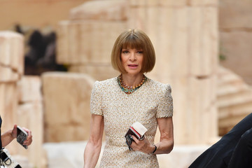 Anna Wintour Chanel Cruise 2017/2018 Collection - Front Row
